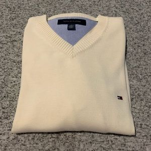 Tommy Hilfiger V-neck sweater M Cream color